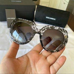 NWT Dolce & Gabbana lace print 50mm sunglasses